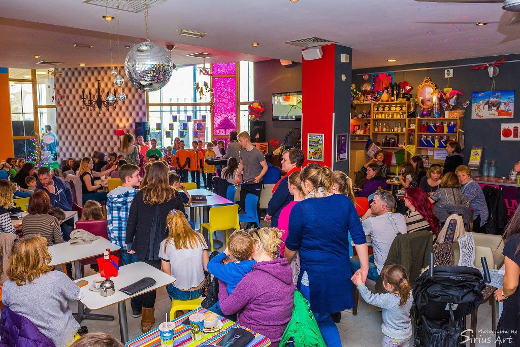 Bournemouth Triangle Easter Family Fun Day - Photos by Sirius Art 2016 - WEB OPTIMISED (6) - Copy