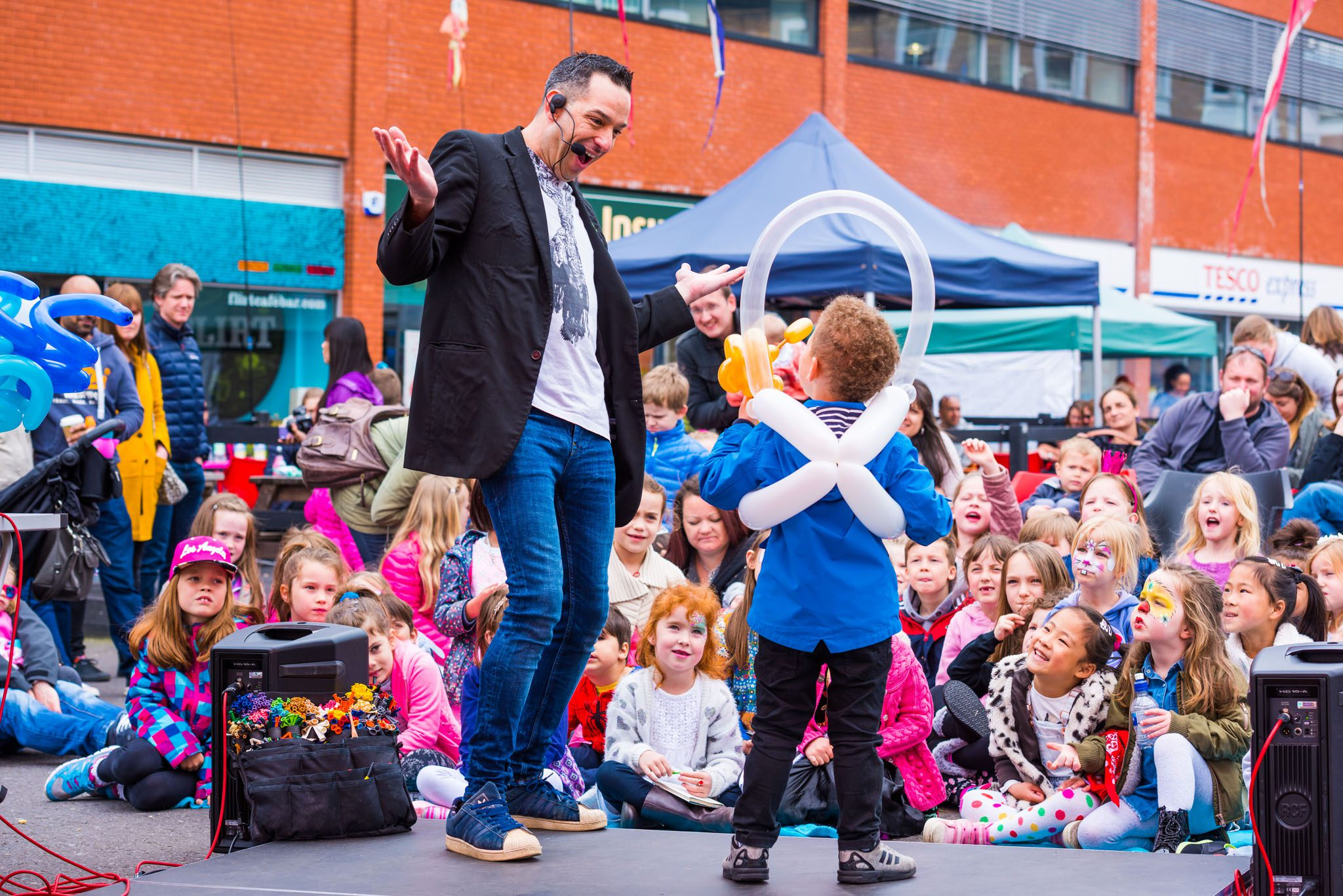 Triangle Family Easter Fun Day - 2017 - Photos by Sirius Art - Web Ready (35)